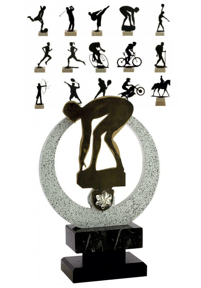 Trofeo con figura de todos los deportes