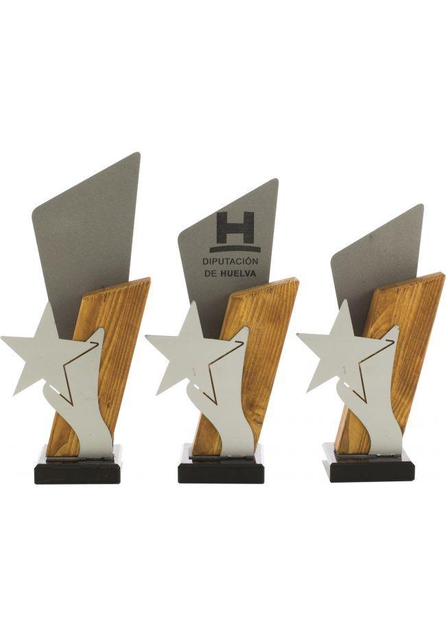 Trofeo madera metal detalle estrella