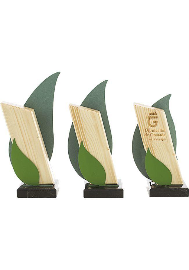 Trofeo madera metal onda verde