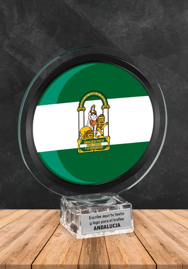 Trofeo de cristal con imagen de Andalucía