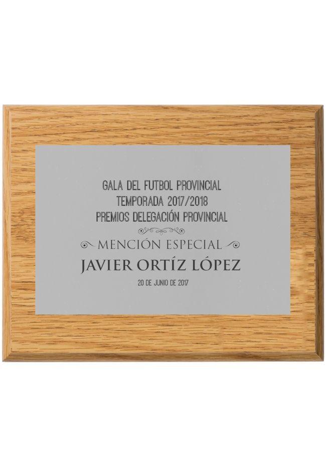 Placa de homenaje plateada con grabado roble claro