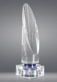 Trofeo de cristal forma prisma circular y base
