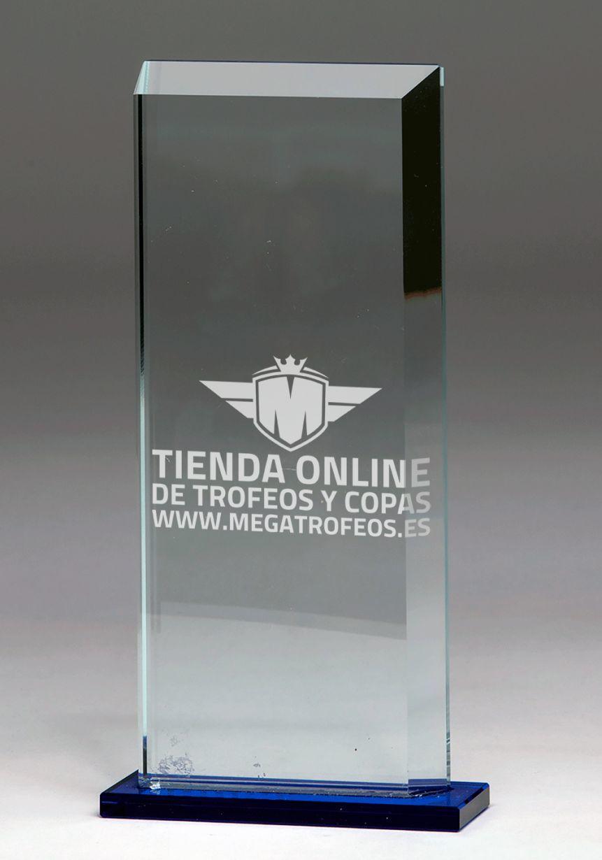 Trofeo de cristal rectangular base azul