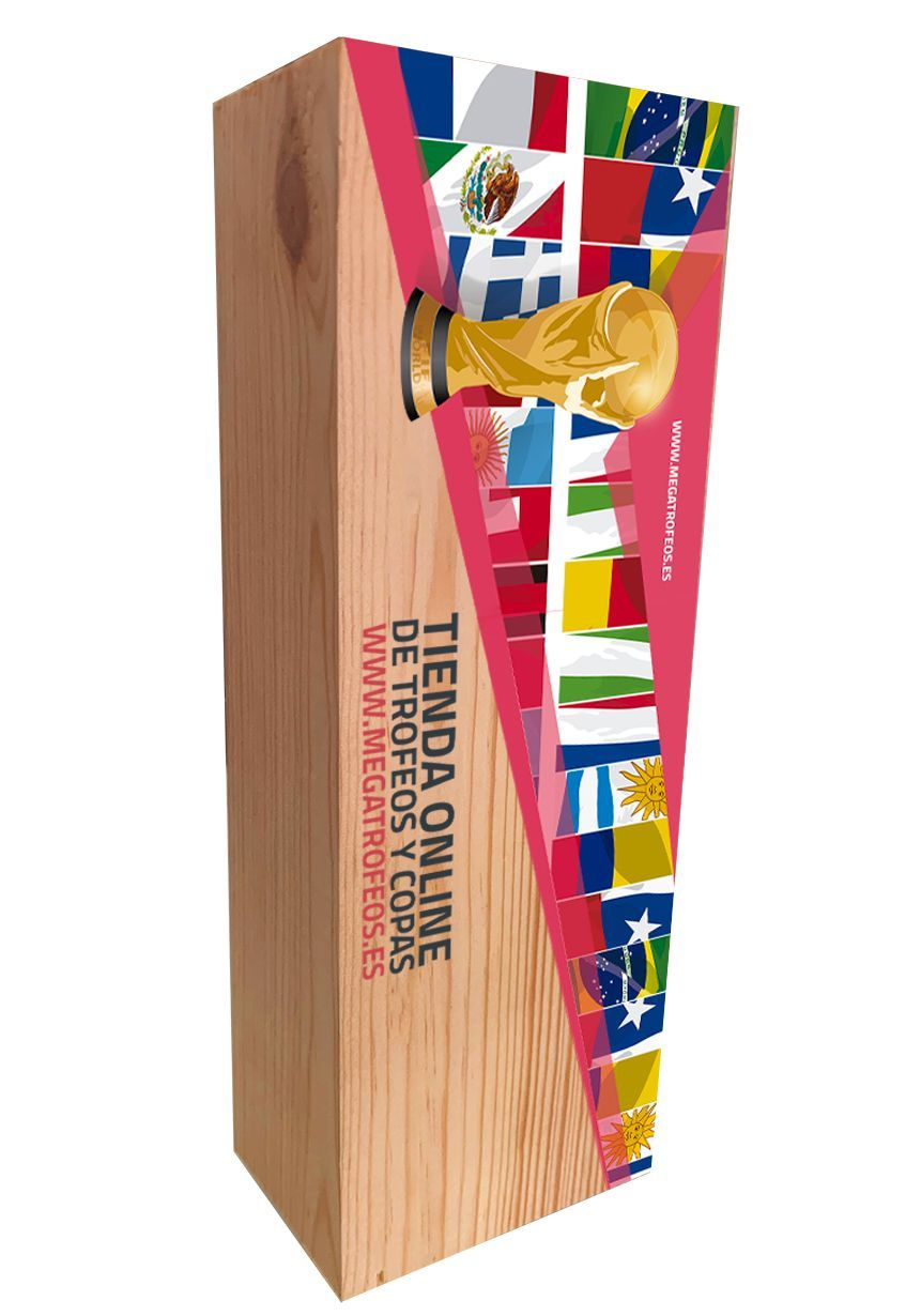 Natural wooden cue trophy in color