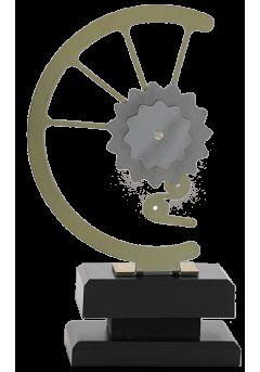 trofeo con engranaje de bicicleta 1