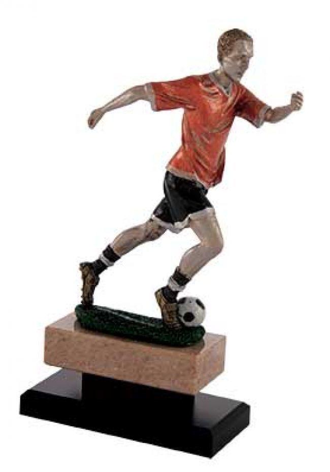 Trofeo figura fútbolista corriendo