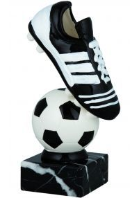Trophy boot and ball (black/white)