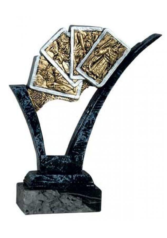 Trofeo de cartas con soporte mármol negro
