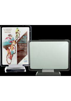Trofeo de cristal forma rectangular redondeado sublimación color soporte aluminio base cristal