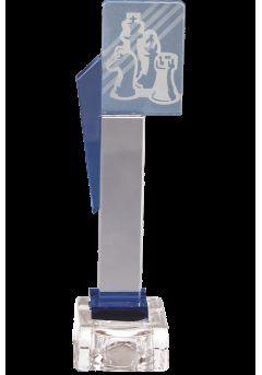 Trofeo de cristal cuerpo prisma detalle azul aplique color deportivo base cristal