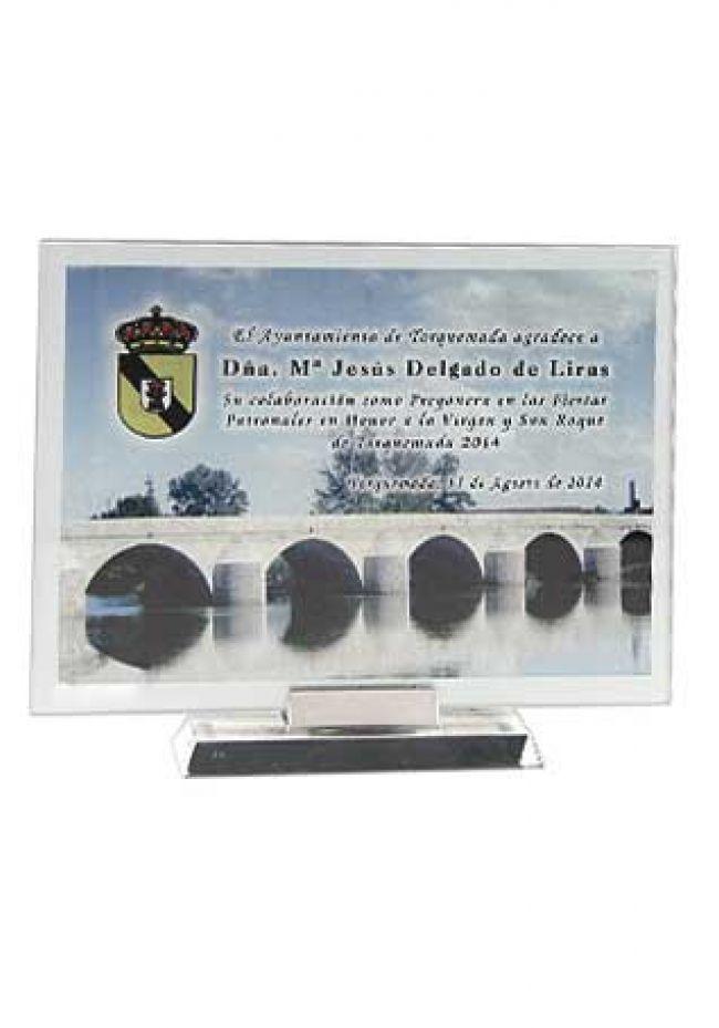 Trofeo de cristal rectangular impreso color soporte aluminio base aluminio