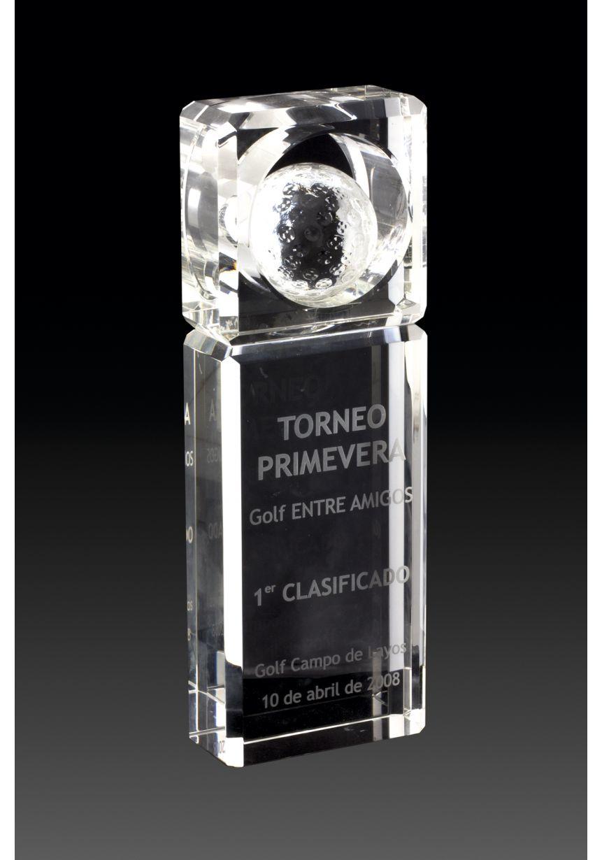 Trofeo de cristal forma prisma pelota