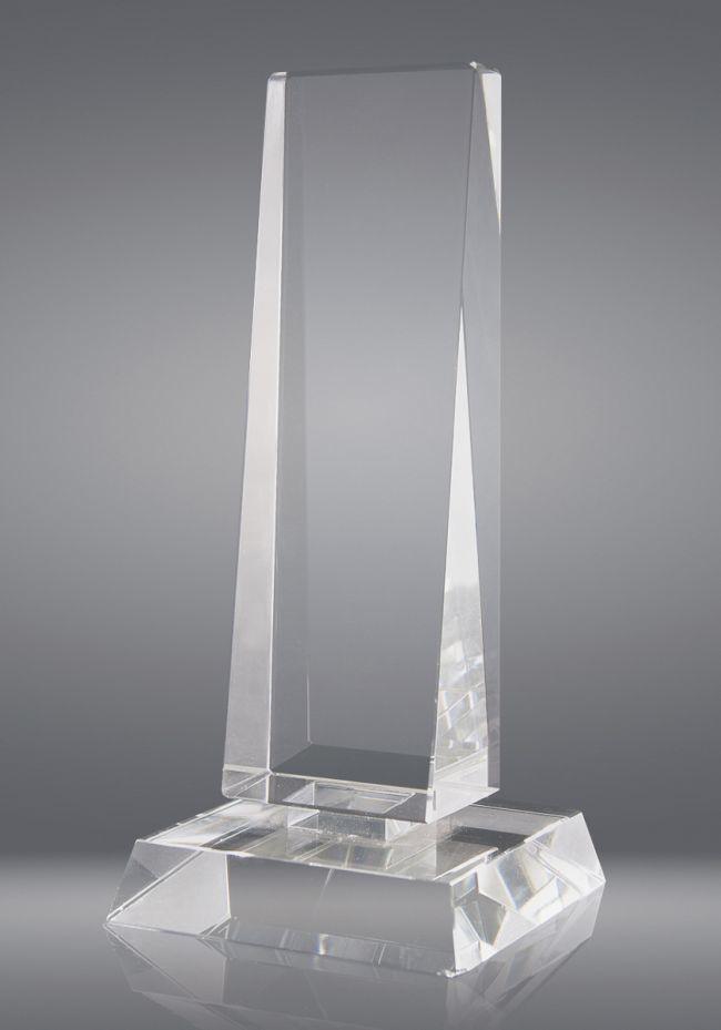 Trofeo de cristal forma prisma triangular