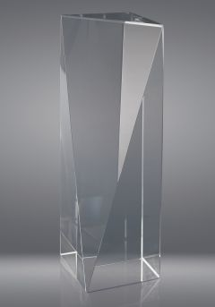 Trofeo de cristal forma prisma regular