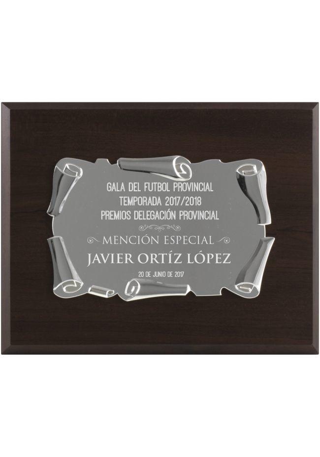 Placa de homenaje plateada con soporte nogal